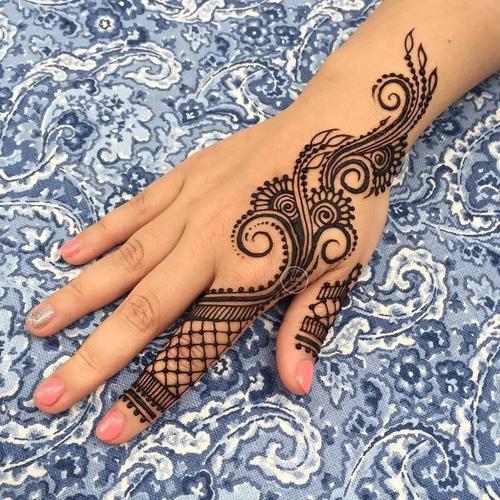 什么是曼海蒂纹身海娜手绘膏,种类有哪些?纯植物_果汁